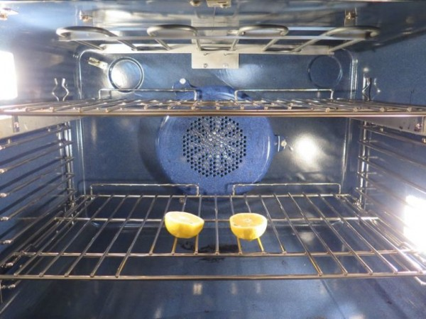 oven and lemons