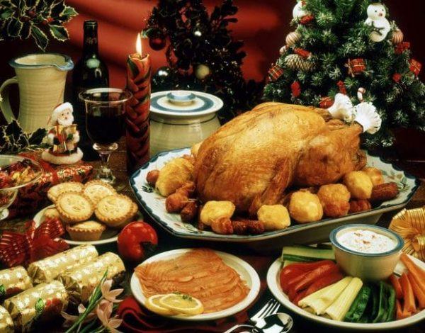 christmas-dinner-620x486