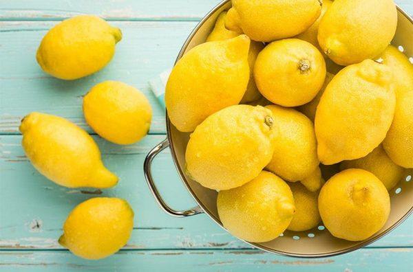 Limon-kislota-ili-shheloch-10-sposobov-vyrovnyat-Ph-balans-organizma.-1024x675