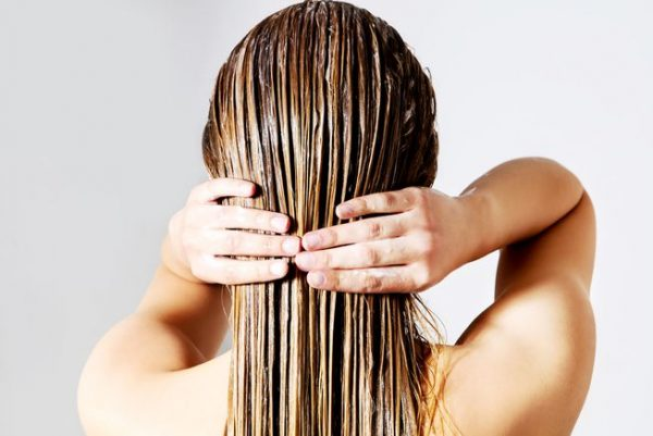 woman_washing_conditioning_hair.jpg.653x0_q80_crop-smart