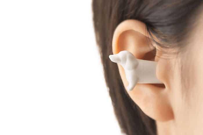 беруши в ушах