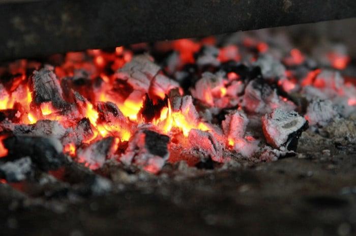 горячие угли