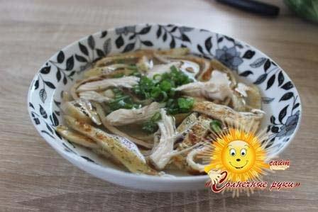 Куриный бульон с лапшой Суп на курином бульоне