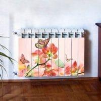 Бабочки с цветами на отопительном радиаторе