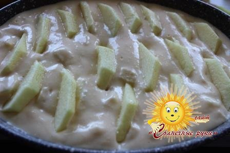 Творог в духовке с яблоками