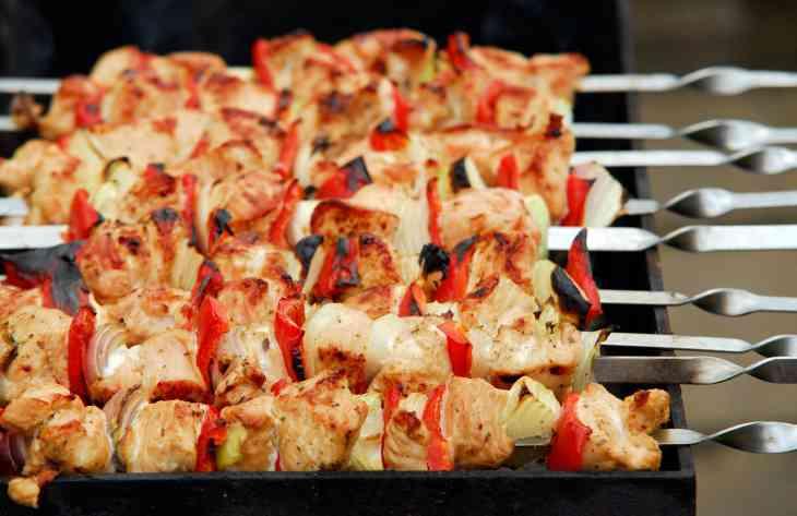 7 советов, как замариновать и приготовить вкусный шашлык