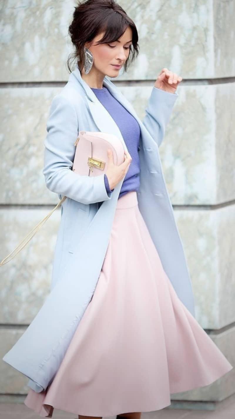 с чем сочетать розовую блузку