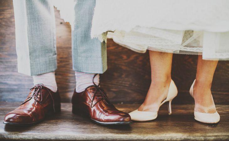 Как быстро разносить тесную обувь