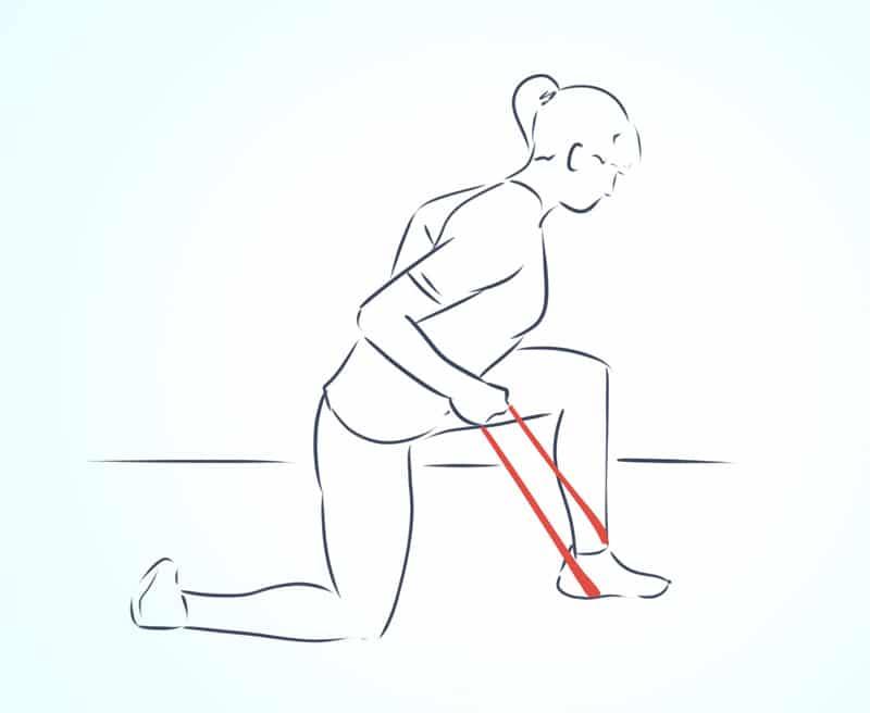 упражнения с фитнес резинкой на плечи