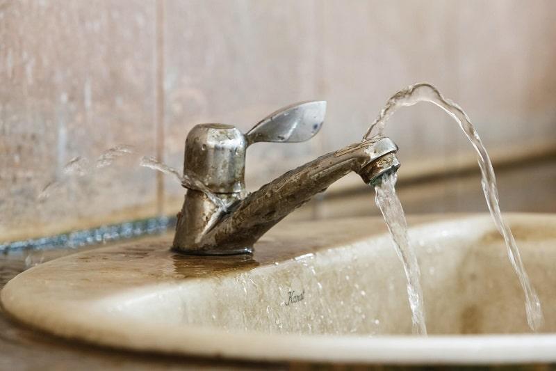 можно ли затопить соседей в ванной