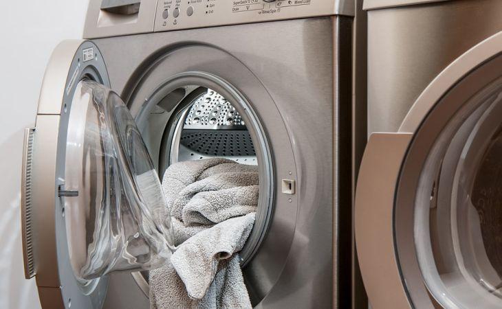 Лучше не рисковать: 5 вещей, которые не стоит стирать в стиральной машине