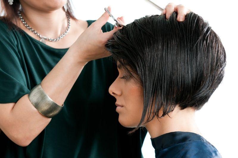 модные причёски 2019 год