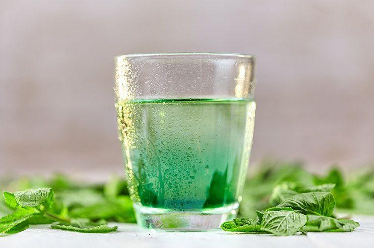 Что нужно знать о хлорофильной воде