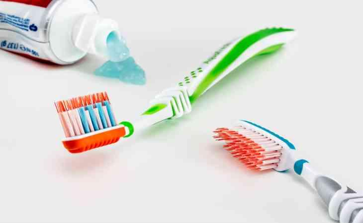 8 причин не выбрасывать старую зубную щётку