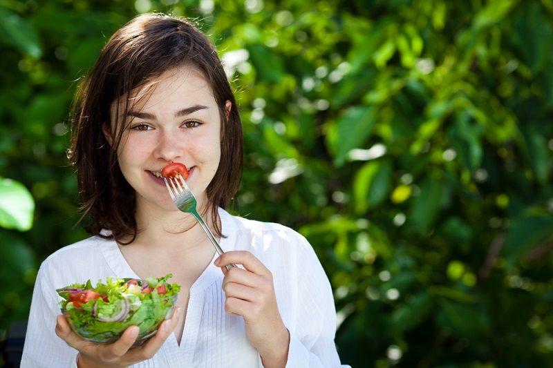 Как приготовить заправку для овощного салата