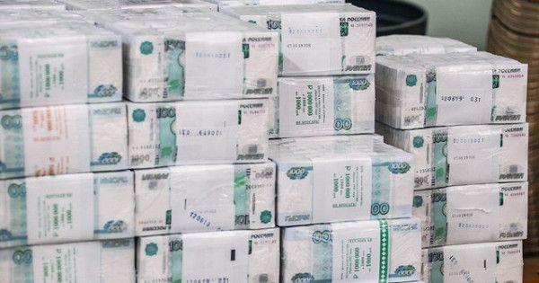 Топ-10самых богатых компаний РФнакопили более 3трлн рублей