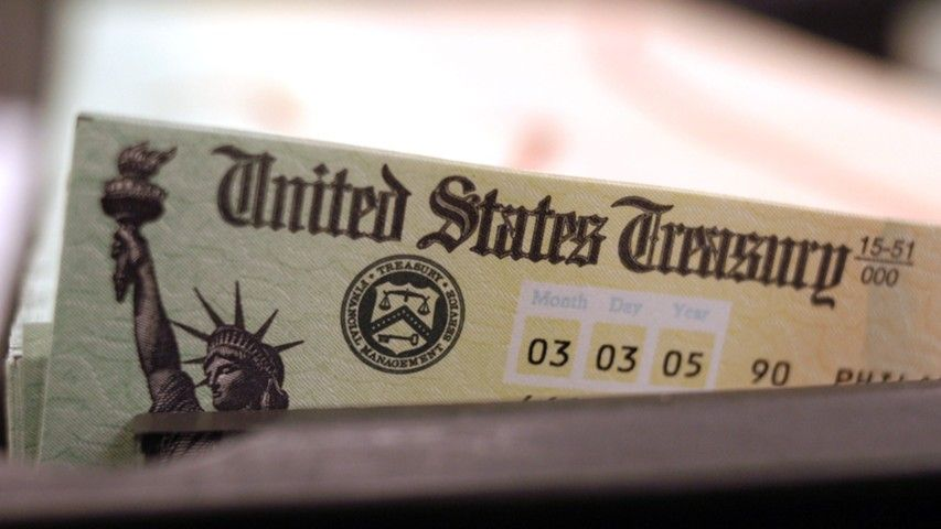 Крупнейший кредитор США продал рекордный объем облигаций
