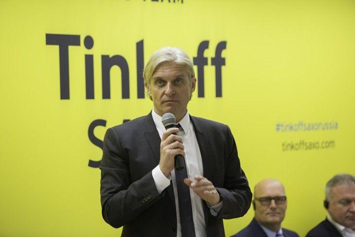 Новая жертва эпатажного бизнесмена: Тиньков обвинил Сбербанк в краже идей