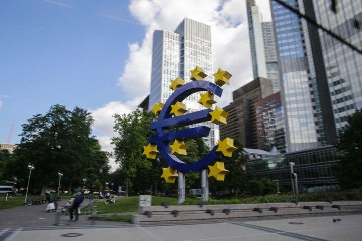 Индекс деловой активности в еврозоне неожиданно снизился в ноябре