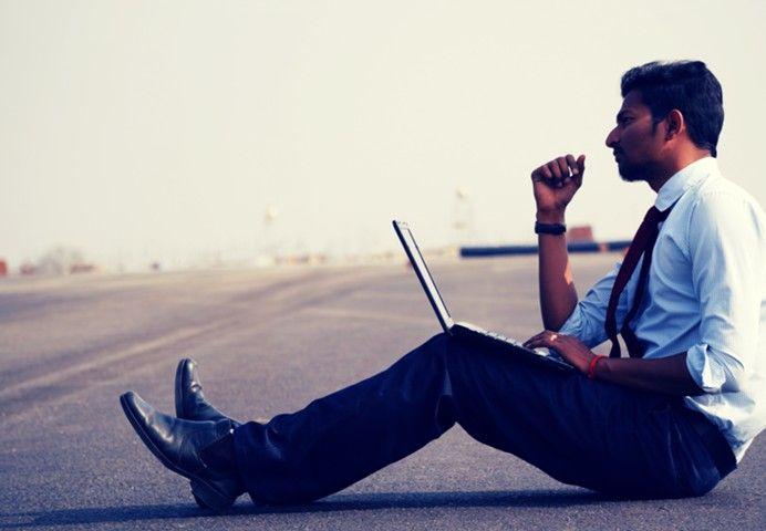 Как пережить предновогодний аврал на работе: 5 советов от экспертов
