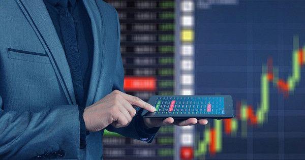 Россияне увеличили инвестиции винструменты фондового рынка
