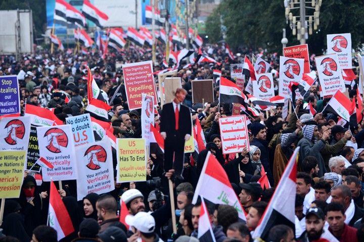 В Багдаде прошла масштабная акция протеста против присутствия войск США в Ираке