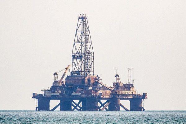 СМИ: ОПЕК рассматривает радикальный вариант сокращения добычи нефти